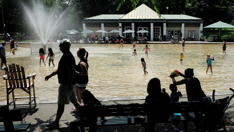 Dangerous heat wave expected to hit two thirds of the US through the weekend