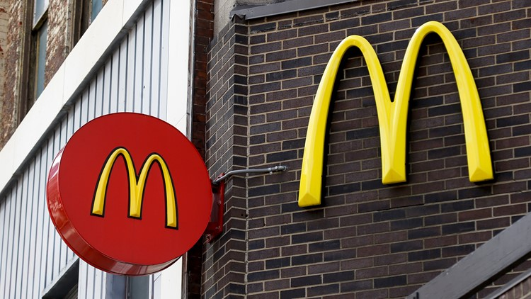 This is how much it costs to open some of the most popular fast food franchises in America