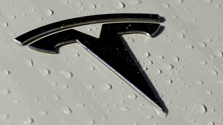 Tesla models lose safety ratings after pulling radar