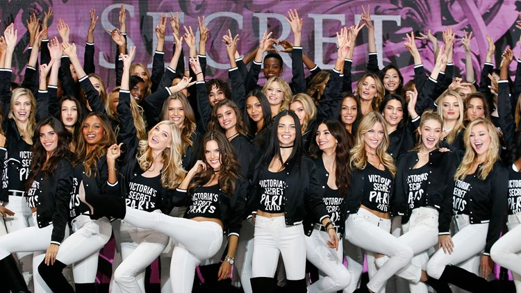 Victoria's Secret 2016 fashion show