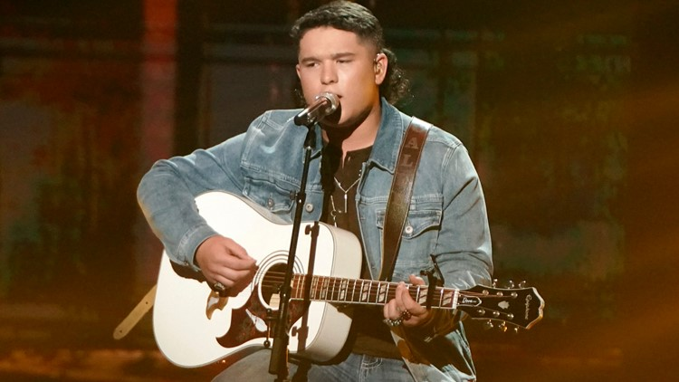 'American Idol' finalist leaves show amid video controversy