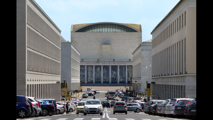 636731473793805160-italy-eur-palazzo-congressi-080218-rs.jpg
