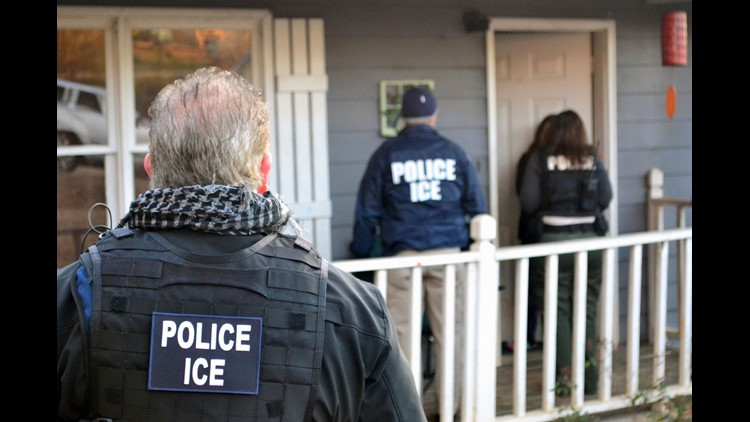 ICE uses Facebook to track undocumented immigrants