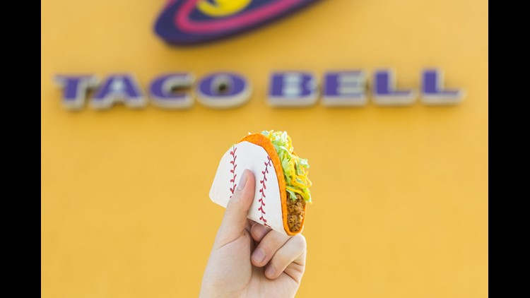 Taco Bell Brings Back Its World Series Steal A Base Steal A Taco