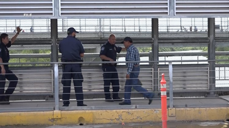 Bridge 'metering' by CBP agents meant to filter asylum seekers out from regular pedestrian traffic