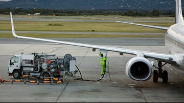 How much does it cost to fuel up an airliner?