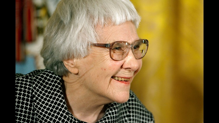 """Pulitzer Prize winner and """"To Kill A Mockingbird"""" author Harper Lee smiles before receiving the 2007 Presidential Medal of Freedom in the East Room of the White House November 5, 2007 in Washington, DC."""