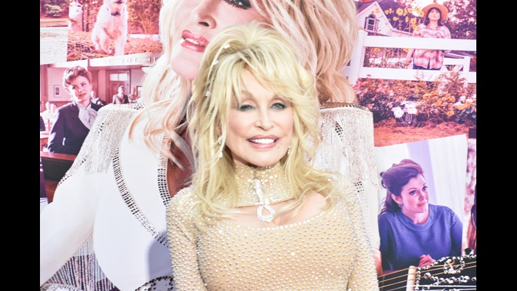 "Dolly wants you to sing ""Jolene"""