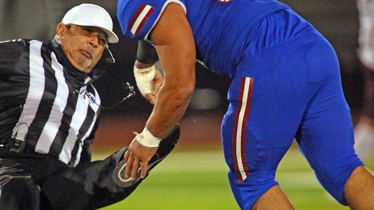 Texas school district pulls football team out of playoffs after player hit referee