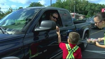 5-year-old gets dream job, works at Ohio Chick-fil-A for the day