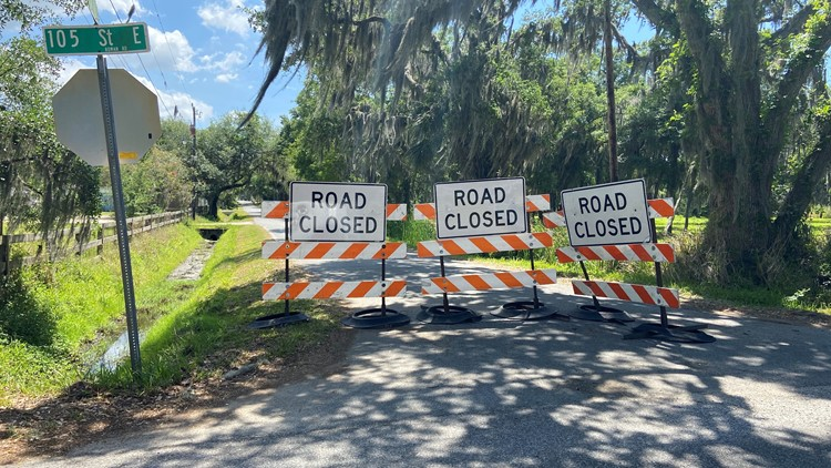 Evacuees head home as Florida leaders signal worst of wastewater breach danger is over