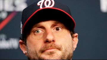Yes, Max Scherzer's eyes are two different colors. Here's why