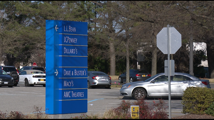 Parents of teens who visit Lynnhaven Mall react to new chaperone policy