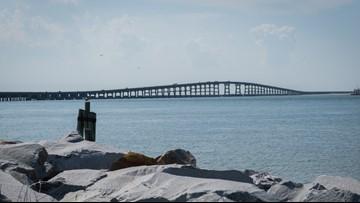 Pedestrians, cyclists get first crack at new coastal bridge