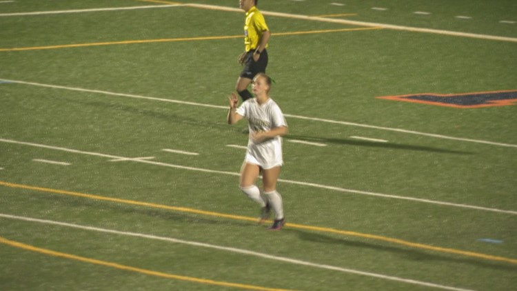 Cox girls soccer gets by Hickory; heads to region final