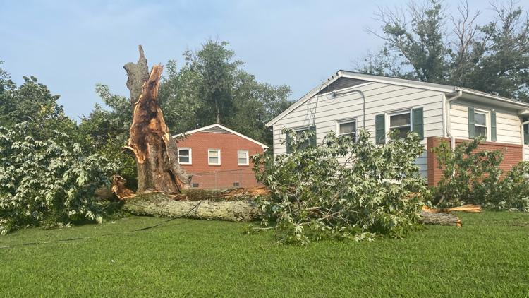Portions of Hampton Roads clean up after Wednesday's storm
