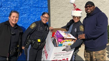 Suffolk, Williamsburg police departments collecting gifts for kids this holiday season