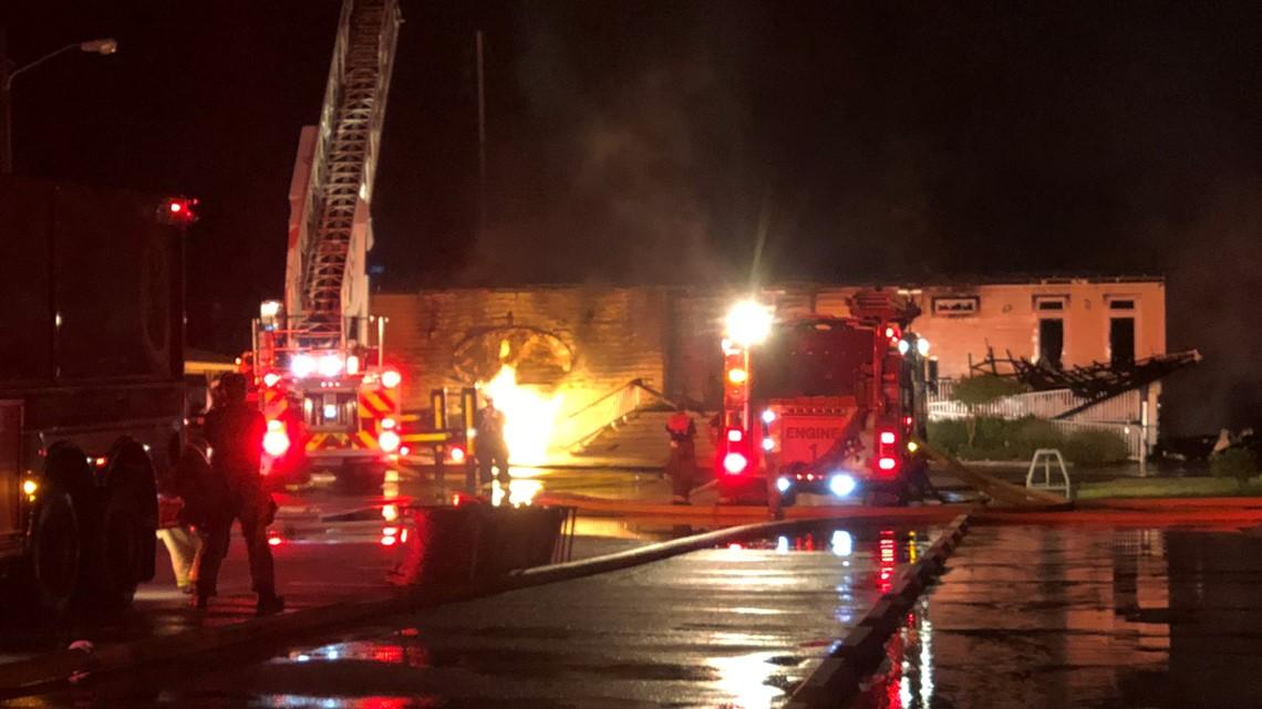 Fire Destroys Surf Rider Restaurant In Poquoson