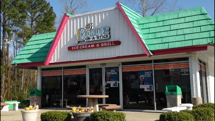 FRIDAY FLAVOR: Yorktown spot Donutz On A Stick Ice Cream & Grill takes doughnuts to a new level