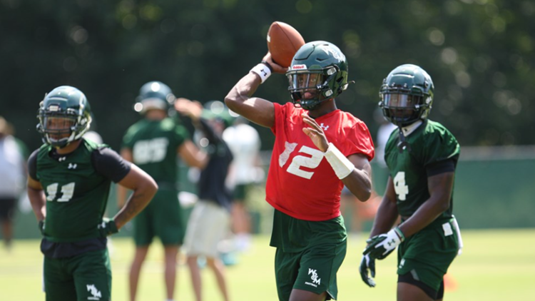 William and Mary Quarterback Hollis Mathis continues to lead while recovering from surgery