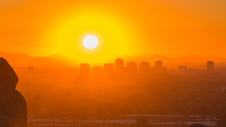 Phoenix Sun Heat Downtown-22023390