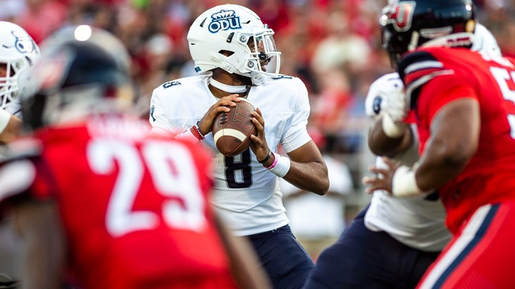 Willis accounts for 6 TDs, Liberty routs Old Dominion, 45-17