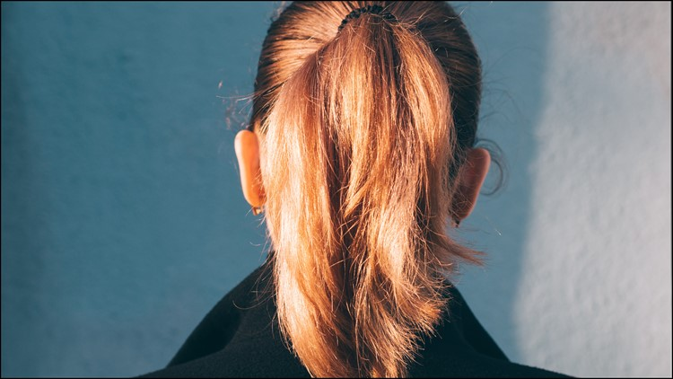 US Navy Now Allows Women To Wear Ponytails
