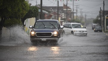 Willa weakens to tropical storm, torrential rain to continue