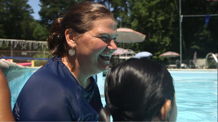 Speech and Swim: Virginia woman turns swim lessons into speech therapy