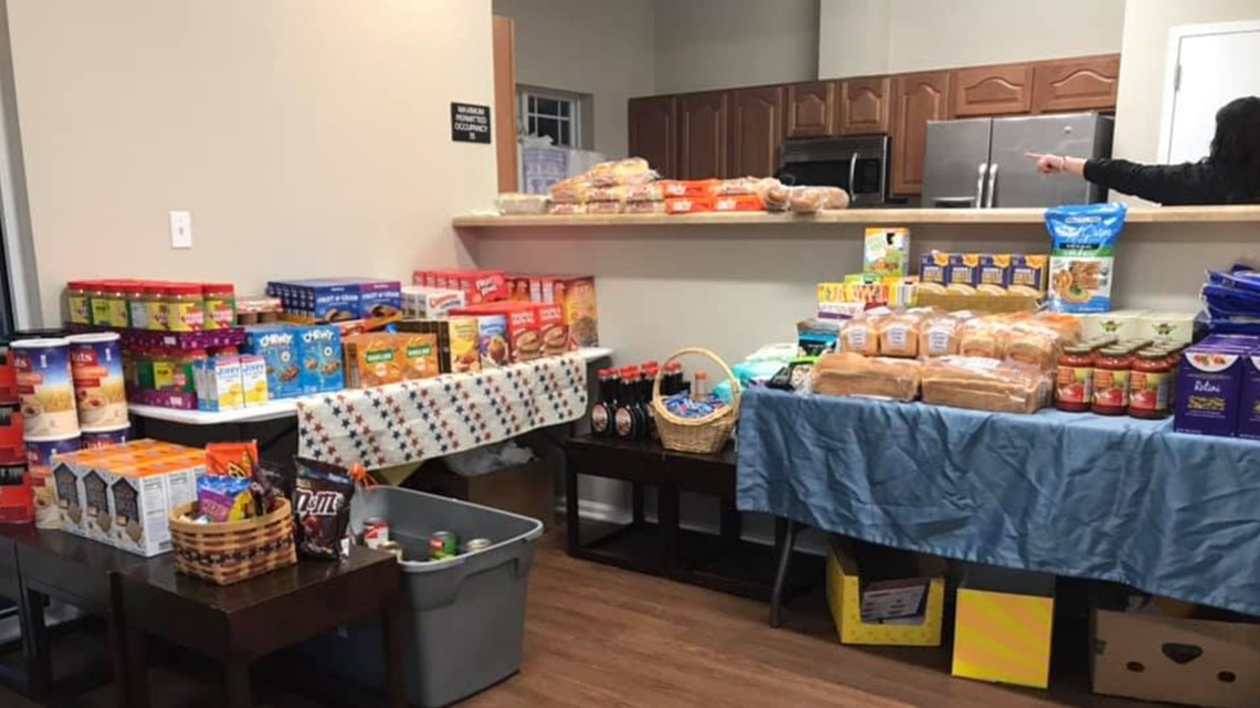 Air Force veteran served dinner for Coast Guard families impacted by shutdown