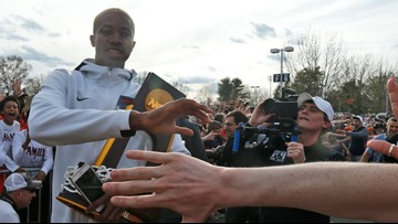 Cavaliers return home as champs