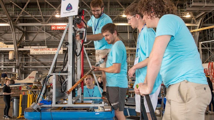 College students take on 'Moon to Mars Ice and Prospecting Challenge' for NASA