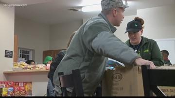 Local Air Force veteran prepares meal for Coast Guard members in need