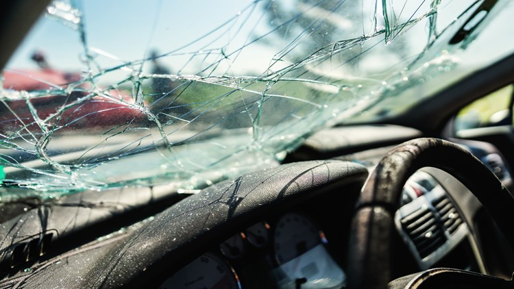 Car crash in Sussex County leaves one dead