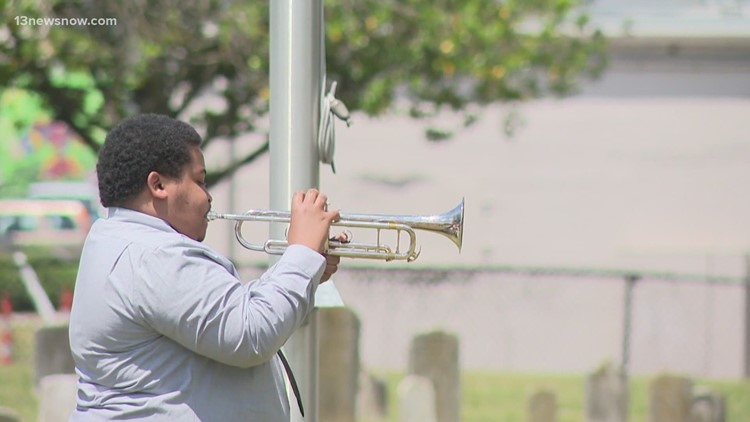 Memorial Day wreath-laying ceremony in Norfolk