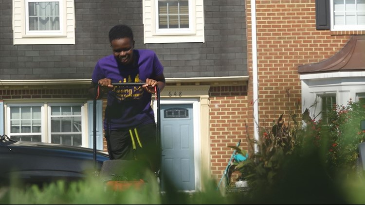 Chesapeake teenager is an inspiration to many through his service