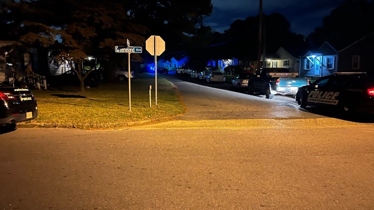 Portsmouth police work investigation on Bolling Road that left two dead