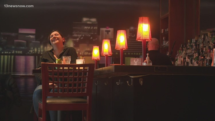 Restaurants prepare for Valentine's Day during a pandemic