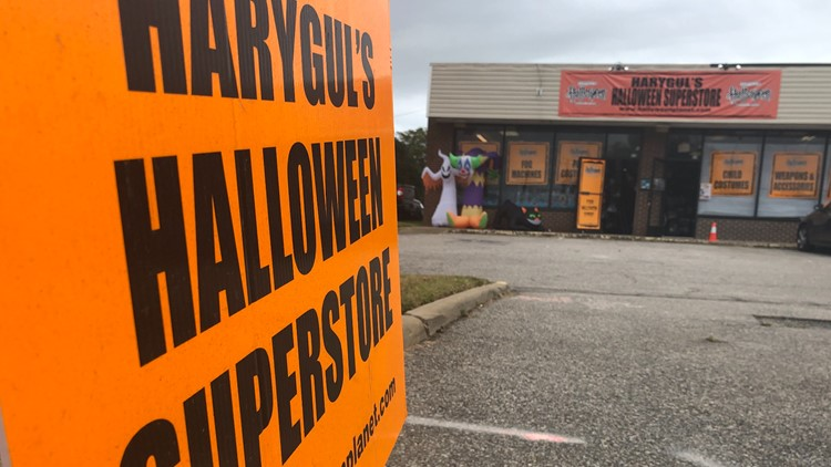Virginia Beach Halloween store dealing with supply chain shortage