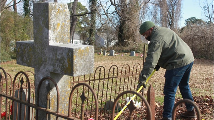 MAKING A MARK: Local group restores the Old Anderson Family Cemetery