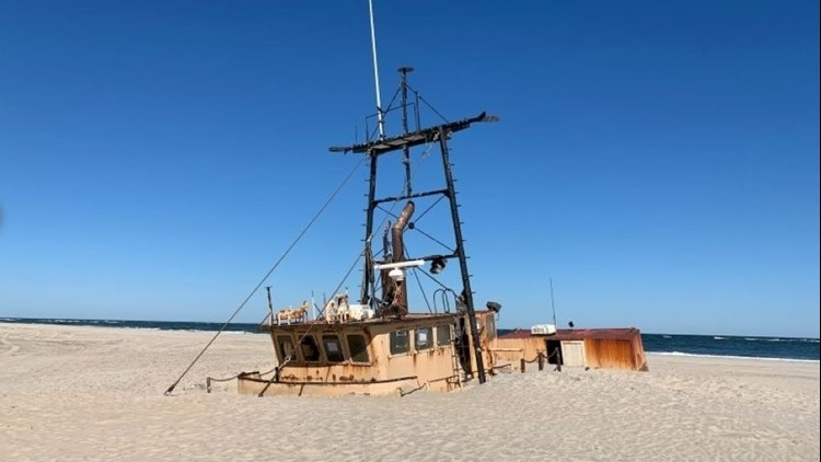 Abandoned vessel on Cape Hatteras National Seashore to be removed