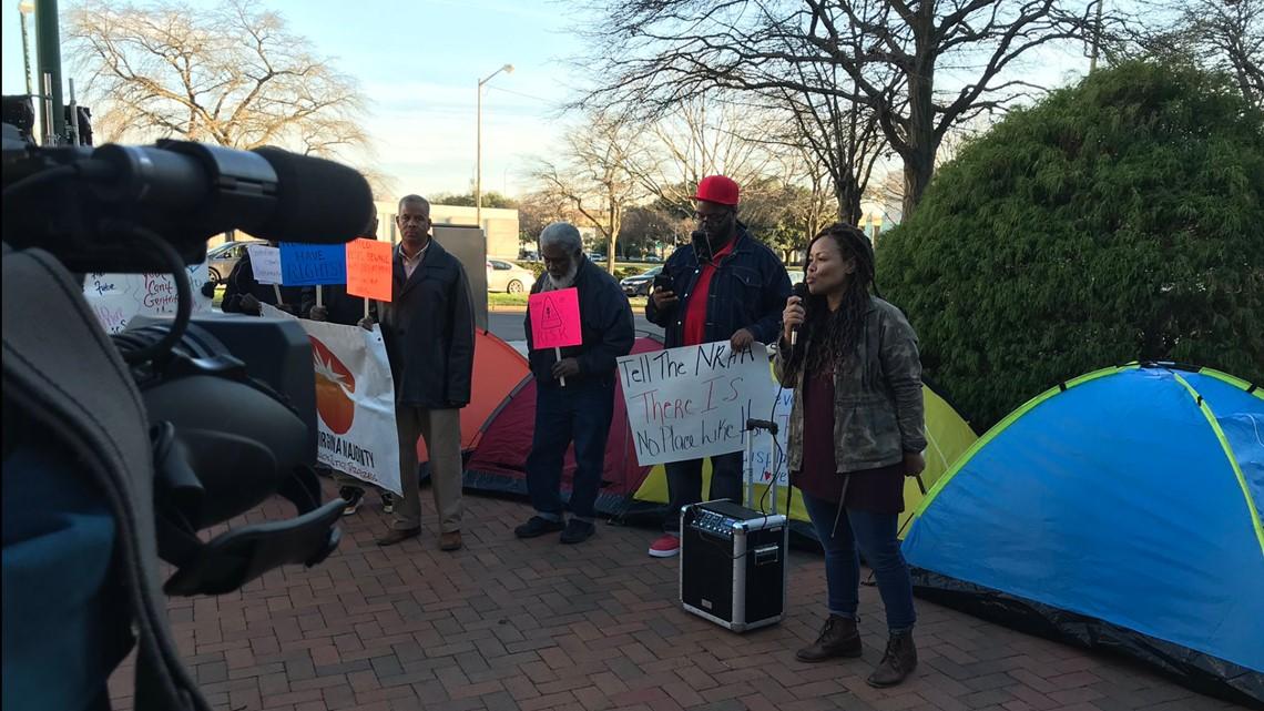 Community Members Protest Against St Paul S Public Housing Redevelopment Plan 13newsnow Com